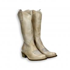 Butter napa calf texan boot heel 35 mm. rubber sole