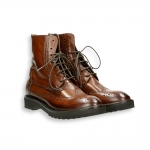 Cognac shiny calf english style tip ankle boot micro rubber sole