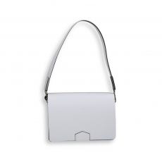 White calf flap bags size 21x6h16 cm.